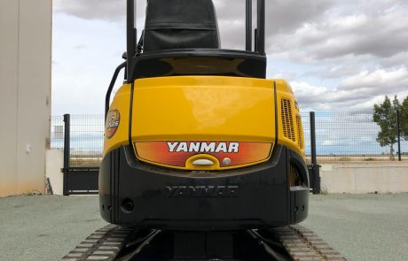 Maquinaria de ocasión - YANMAR ViO25 Canopy